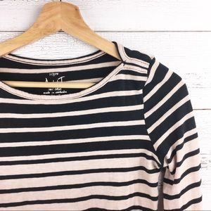 🐢 J CREW Artist Tee Boatneck Striped Shirt Top